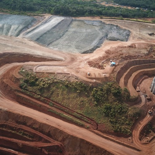 Ore stockpile above the crusher