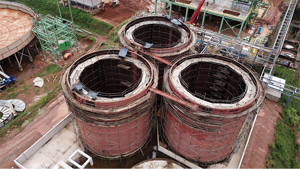 Refurbishment of leach tanks