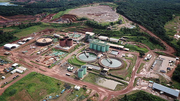 Aerial view of Aurizona Plant (foreground) and Piaba Pit (background)